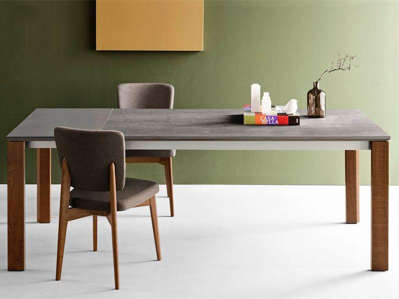 cb1526 escudo holzstuhl connubia calligaris mit gepolsterter sitzfl che mit kunstleder oder. Black Bedroom Furniture Sets. Home Design Ideas