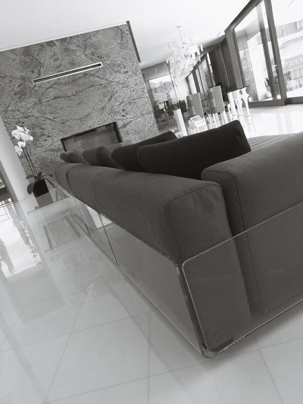 asami 4p 4 sitzer sofa colico aus methacrylat auch f r den au enbereich mit verschiedenen. Black Bedroom Furniture Sets. Home Design Ideas