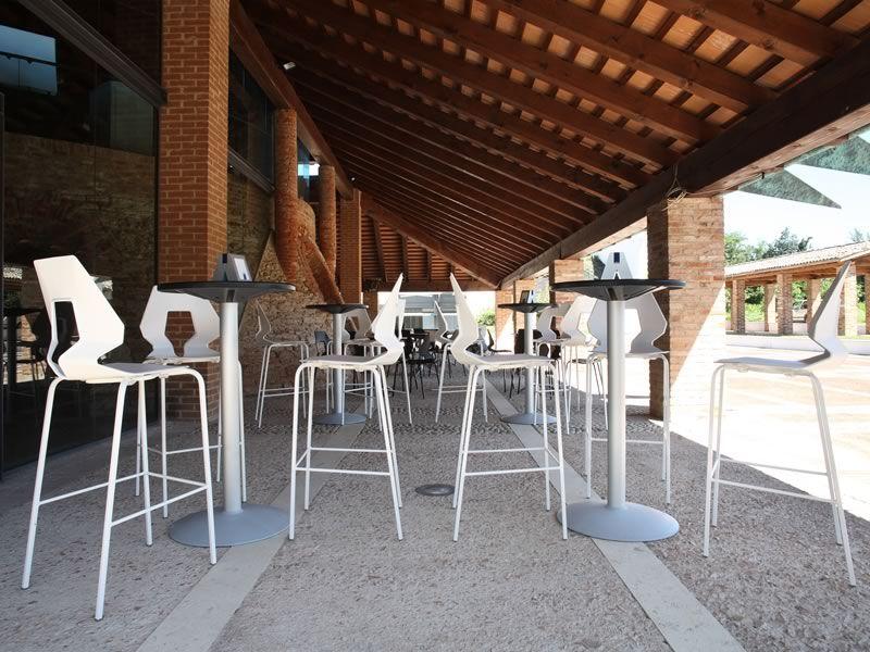 Prodige s pour bars et restaurants tabouret haut en - Tabouret de bar pour exterieur ...