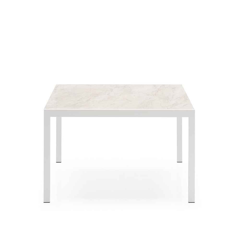 cb4742 l 110 aladino table connubia calligaris en m tal avec plateau en m lamin 110 x 70. Black Bedroom Furniture Sets. Home Design Ideas