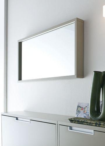 Cinquanta m espejo rectangular con marco de madera for Espejo horizontal salon
