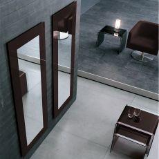 Toshima 5030 - Specchio rettangolare Tonin Casa con cornice in vetro color testa di moro