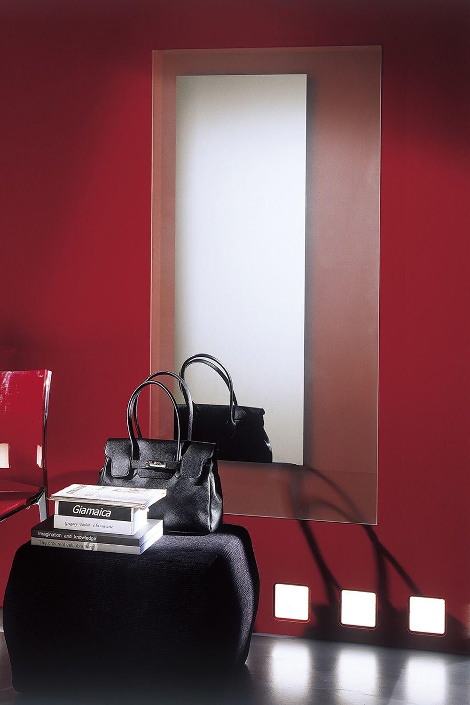 square miroir design bontempi casa compos de cadre en cristal blanc ou noir disponible. Black Bedroom Furniture Sets. Home Design Ideas