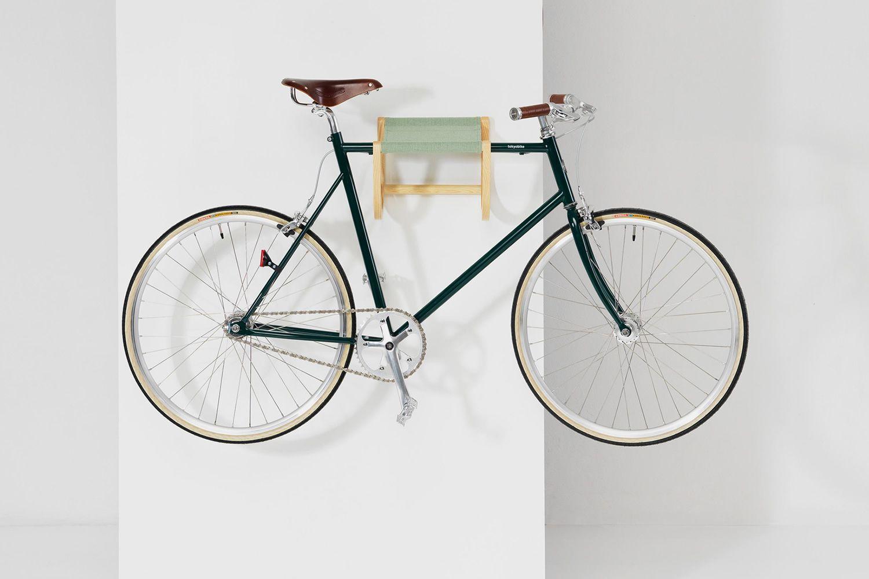 ren wandhalter f r fahrrad aus holz und stoff in. Black Bedroom Furniture Sets. Home Design Ideas