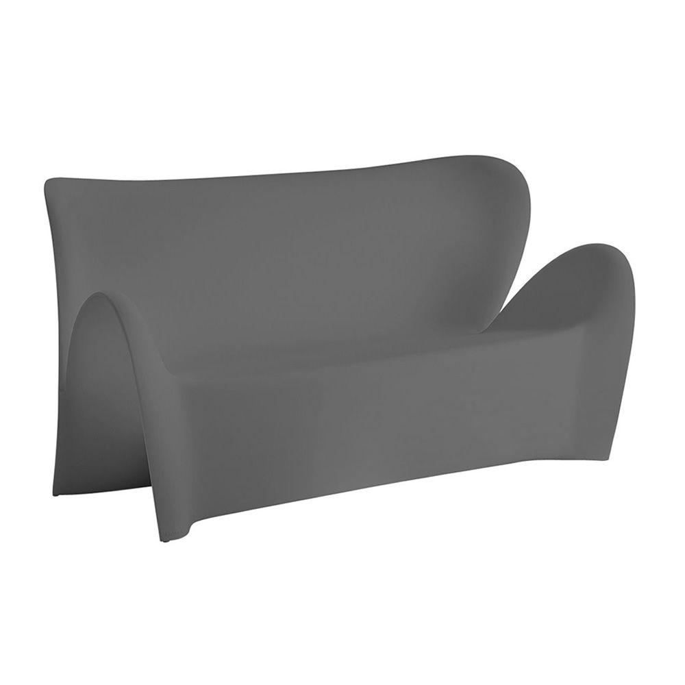 Lily d canap design en technopolym re disponible dans for Canape exterieur gris