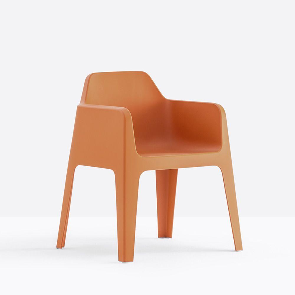 Plus 630 sessel pedrali aus polypropylen stapelbar auch for Sessel kunststoff design