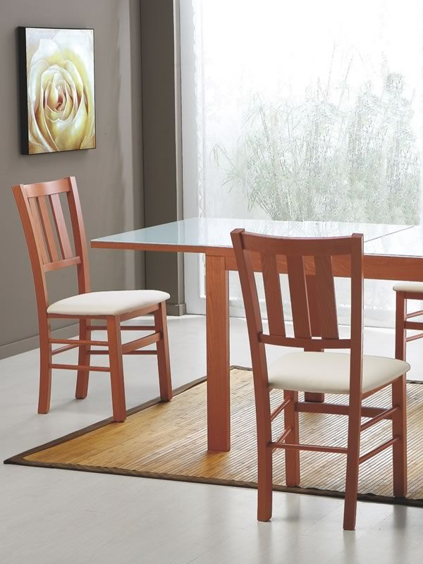 240 sedia in legno con seduta imbottita rivestimento in for Sedia ufficio lecce
