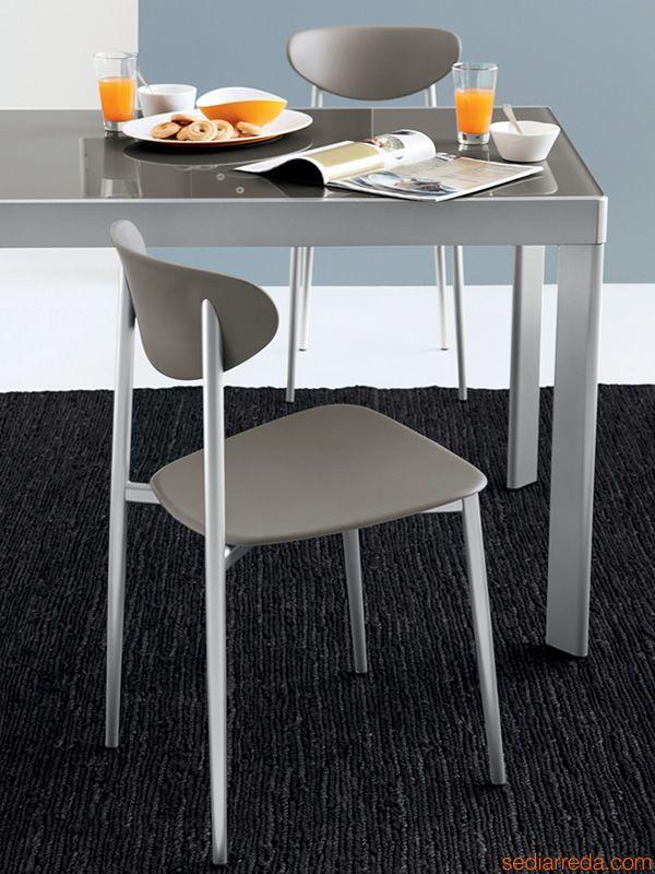 cb4731 plano verl ngerbarer metalltisch connubia calligaris mit platte aus glas oder melamin. Black Bedroom Furniture Sets. Home Design Ideas