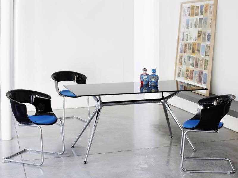 Metropolis 2405 rechteckiger design tisch glasplatte for Design tisch schwarz