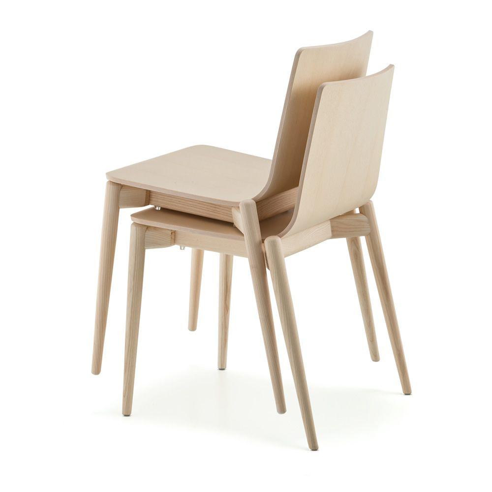 Malm 390 designer stuhl pedrali aus massivem eschenholz for Designer stapelstuhl