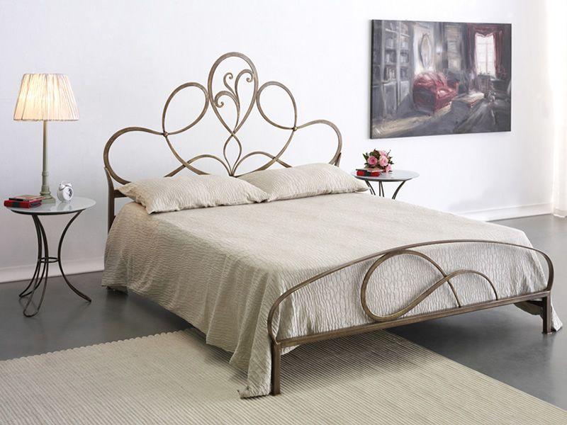 artemisia lit double en fer forg disponible en diff rentes finitions sediarreda. Black Bedroom Furniture Sets. Home Design Ideas