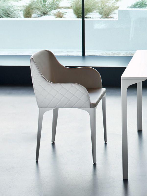 marilyn pt sessel midj aus metall mit sitz aud leder oder kunstleder bezogen und gesteppter. Black Bedroom Furniture Sets. Home Design Ideas