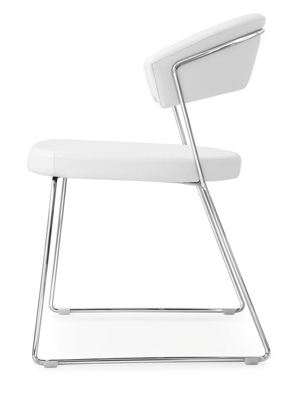 Cb1022 Lh New York Chromed Metal Chair With Optic White Leather Covering