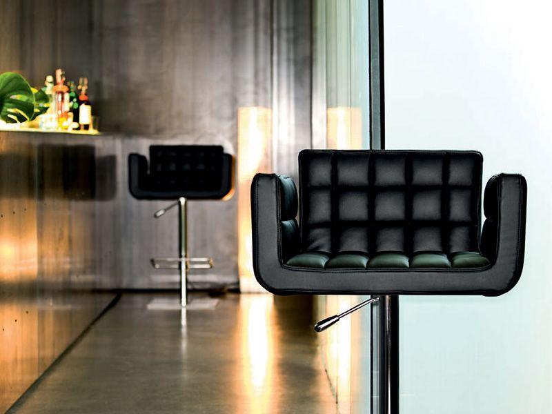marsiglia sg h henverstellbarer und drehbarer hocker midj aus metall sitz mit leder. Black Bedroom Furniture Sets. Home Design Ideas