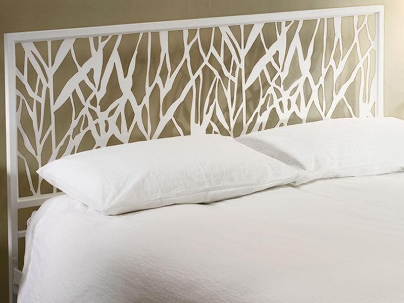 green lit double moderne en fer disponible en. Black Bedroom Furniture Sets. Home Design Ideas
