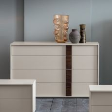 Flipper - Commode Dall'Agnese en bois, disponible en différentes couleurs, quatre tiroirs