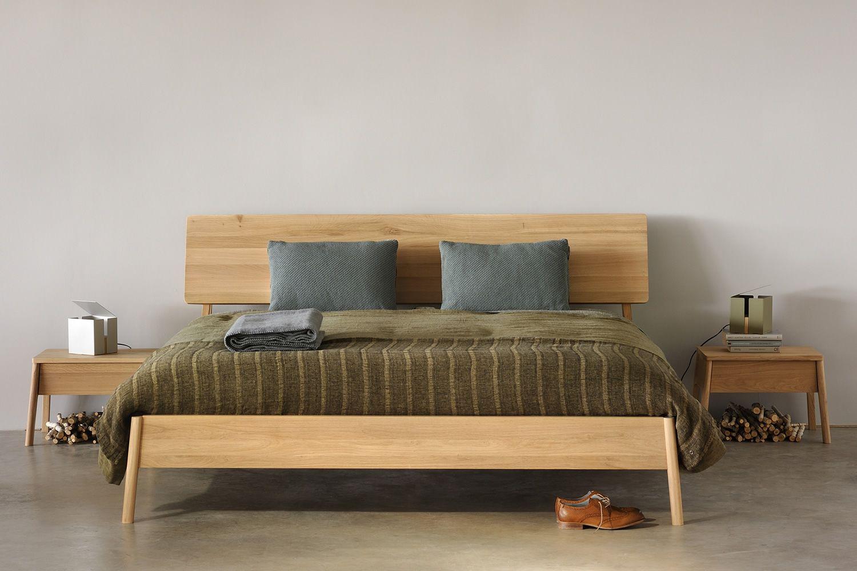 Air letto matrimoniale ethnicraft con struttura in legno diverse