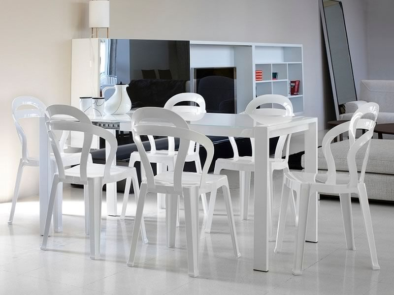 Titi sedia design in policarbonato impilabile disponibile