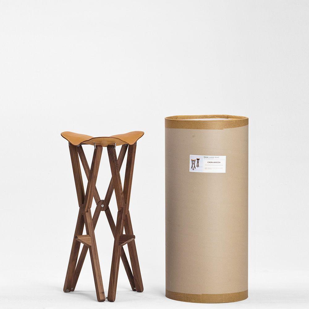 treee camp stool klappbarer hocker aus massivholz sitz aus narbenspaltleder sediarreda. Black Bedroom Furniture Sets. Home Design Ideas