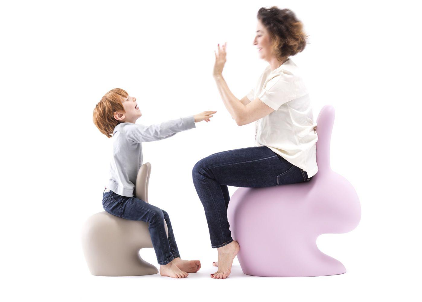 Rabbit chair baby qeeboo kaninchenf rmiger stuhl aus polyethylen auch f r den garten sediarreda - Stuhl fur kinder ...