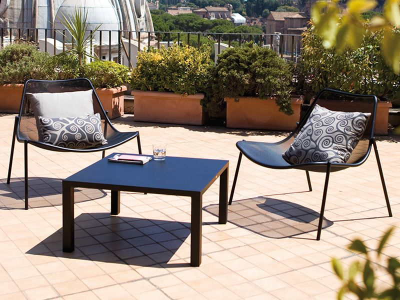 round c lounge metallstuhl emu f r garten stapelbar. Black Bedroom Furniture Sets. Home Design Ideas