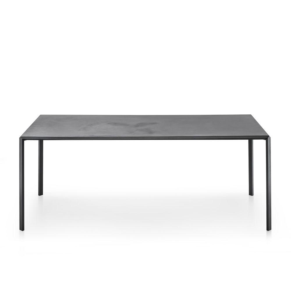 dueperdue feststehender tisch infiniti aus metall platte aus holz fenix oder microtopping. Black Bedroom Furniture Sets. Home Design Ideas