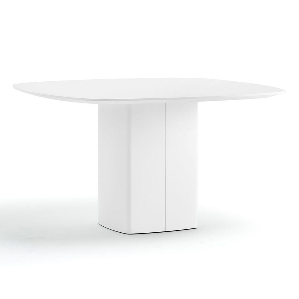 aeroq fester tisch pedrali aus metall mit platte aus laminat oder glas 130 x 130 cm sediarreda. Black Bedroom Furniture Sets. Home Design Ideas