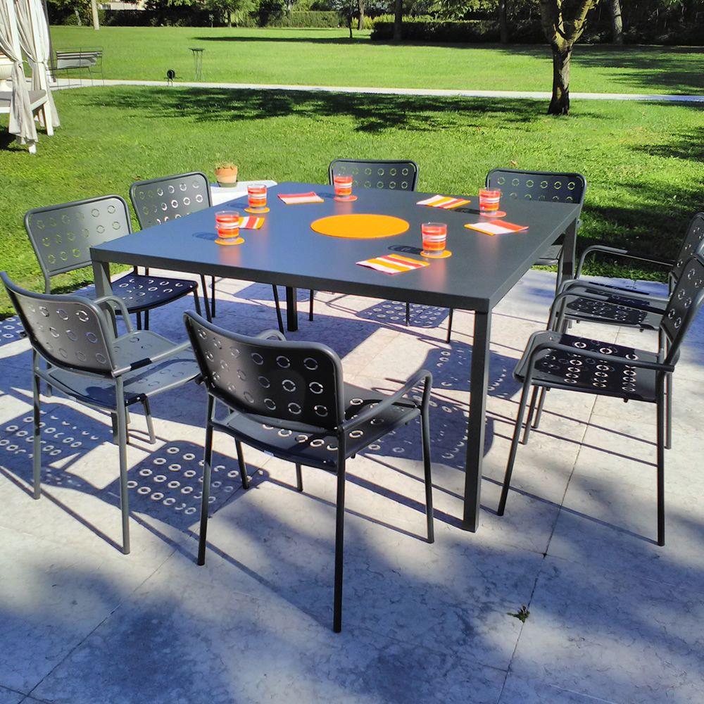 rig72tp table en m tal empilable en diff rentes dimensions et couleurs id ale pour l. Black Bedroom Furniture Sets. Home Design Ideas