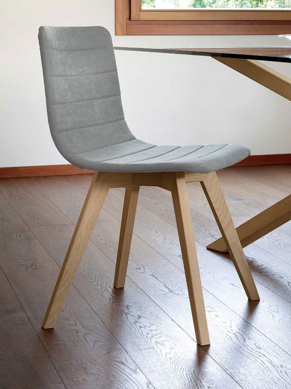 flexa lx chaise domitalia en bois assise recouverte en. Black Bedroom Furniture Sets. Home Design Ideas