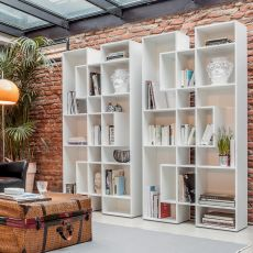 Abaco 7243 - Tonin Casa bookcase made of wood, several colours available