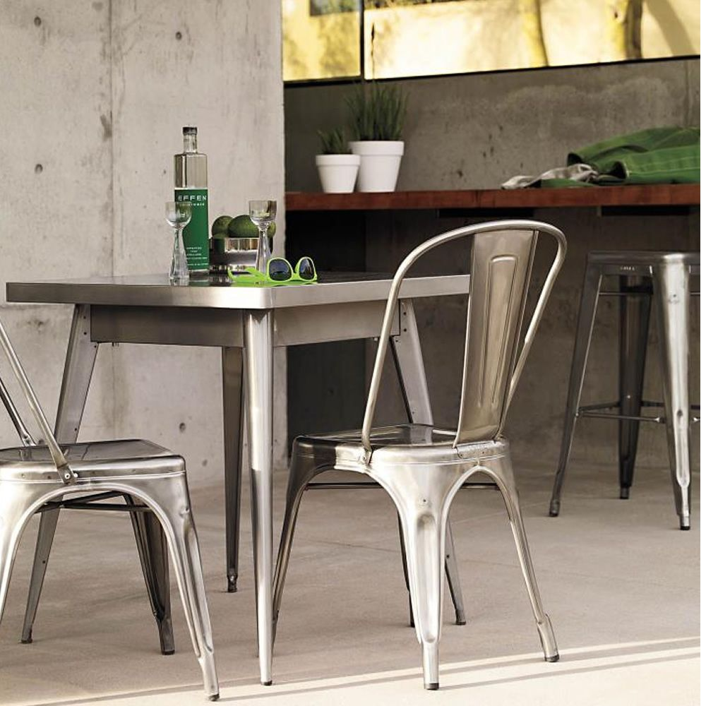 A chair out tolix designer stuhl aus metal stapelbar for Designer stuhl metall