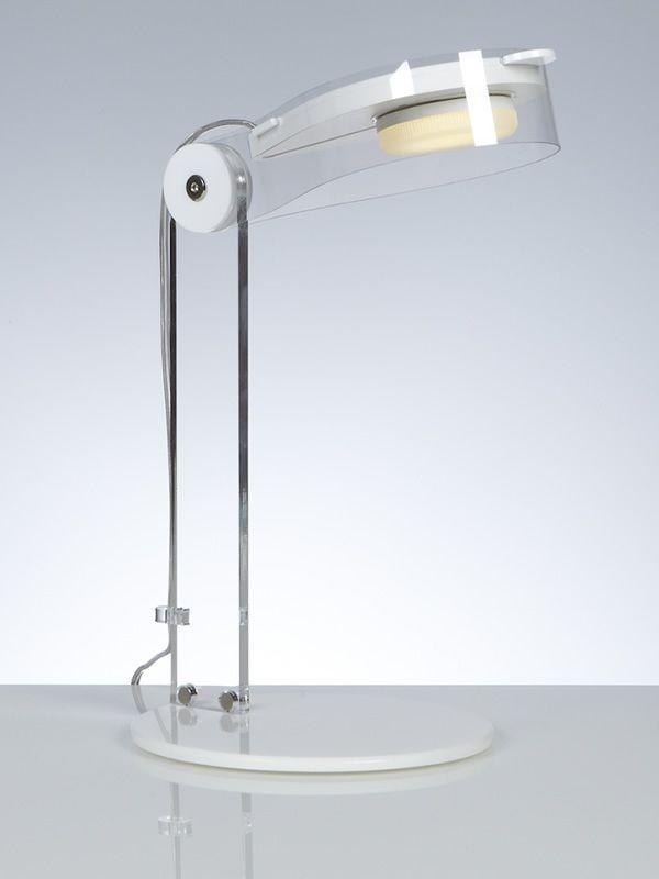 Bye lampada da tavolo in metacrilato e policarbonato - Tavolo policarbonato ...