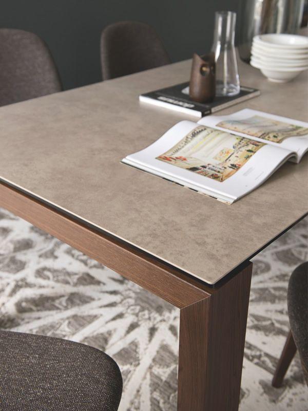 Cb4069 lv 180 sigma table connubia calligaris en bois for Basi in ceramica per lampade da tavolo