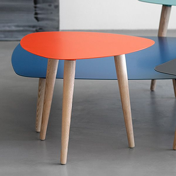 nord1 table basse design en bois pourvue de plateau. Black Bedroom Furniture Sets. Home Design Ideas