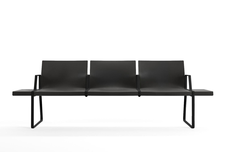 plural b banco pedrali para salas de espera en metal y polipropileno con reposabrazos 3 o 4. Black Bedroom Furniture Sets. Home Design Ideas