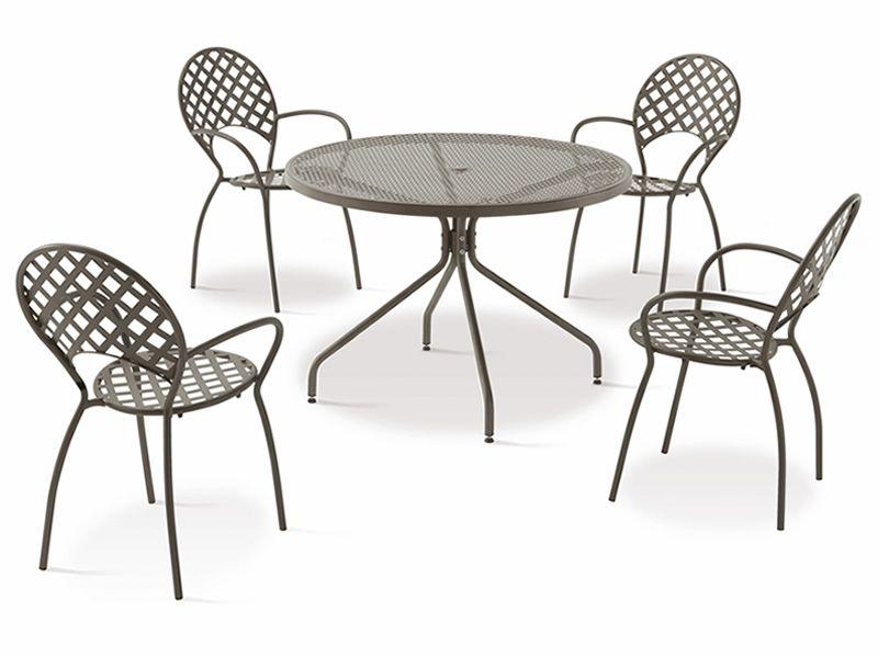 Runder metalltisch garten tafeln in hochform quadratisch for Metalltisch klein
