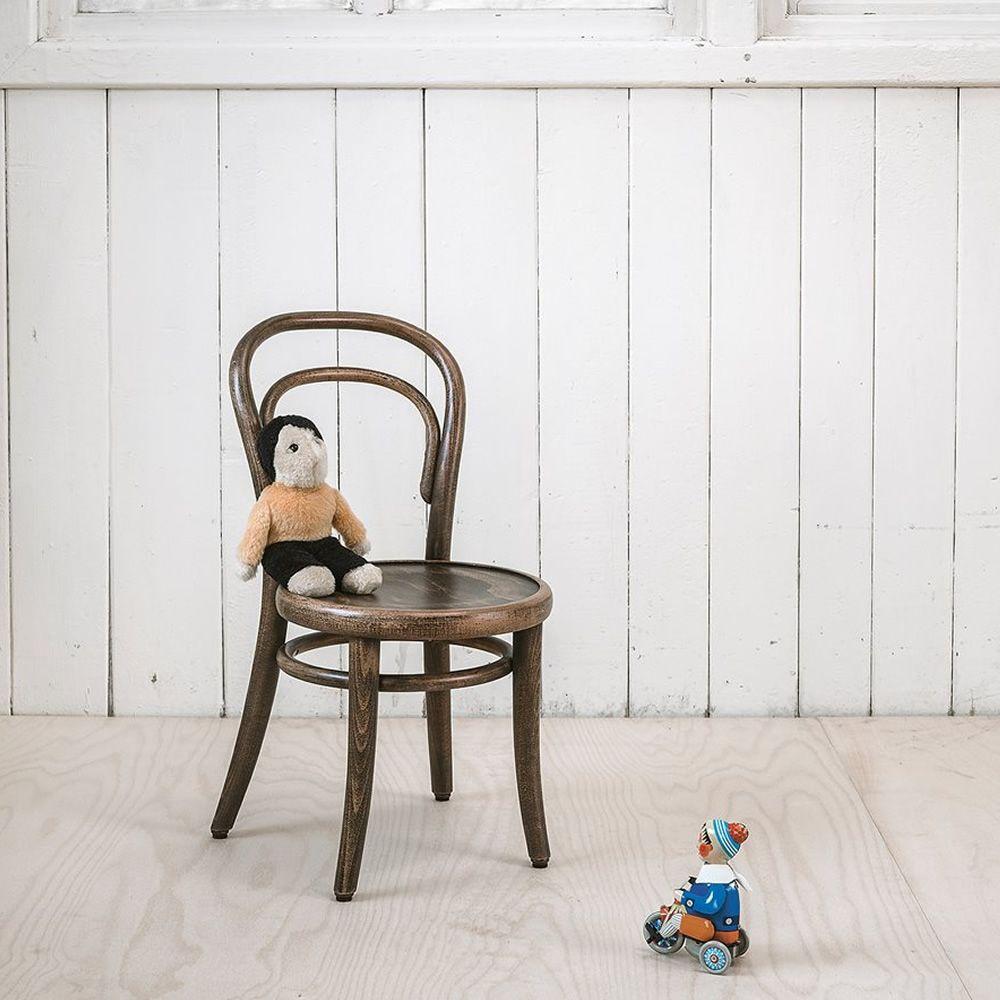 petit 014 chaise pour enfants de ton en bois avec. Black Bedroom Furniture Sets. Home Design Ideas