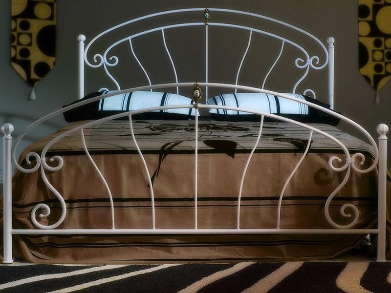 Mistral   letto matrimoniale in ferro battuto con fregi in ottone ...