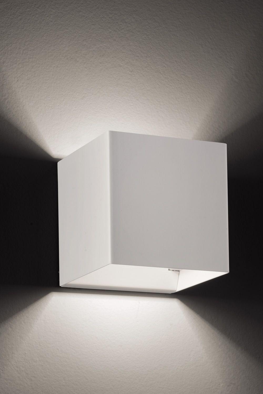 Laser cube lampada a parete di design in metallo con luce led disponibile in diversi colori - Lampada parete design ...