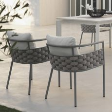 Kira P - Sessel aus Aluminium mit Kissen, auch für den Garten