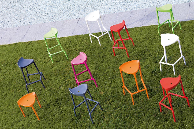 happy 490 tabouret pedrali en polypropyl ne empilable hauteur assise 75 cm aussi pour l. Black Bedroom Furniture Sets. Home Design Ideas