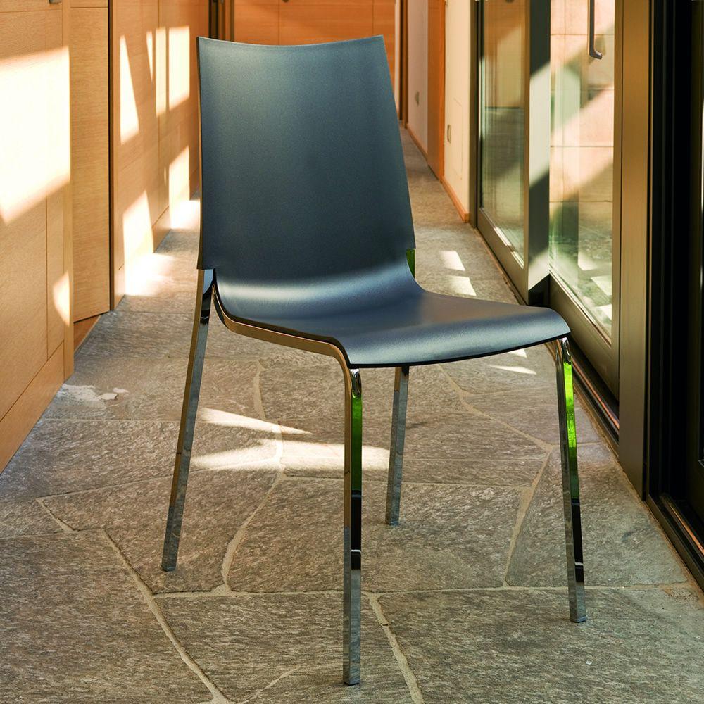 Eva: Stapelbarer Stuhl Bontempi Casa, aus Metall mit Sitz aus ...