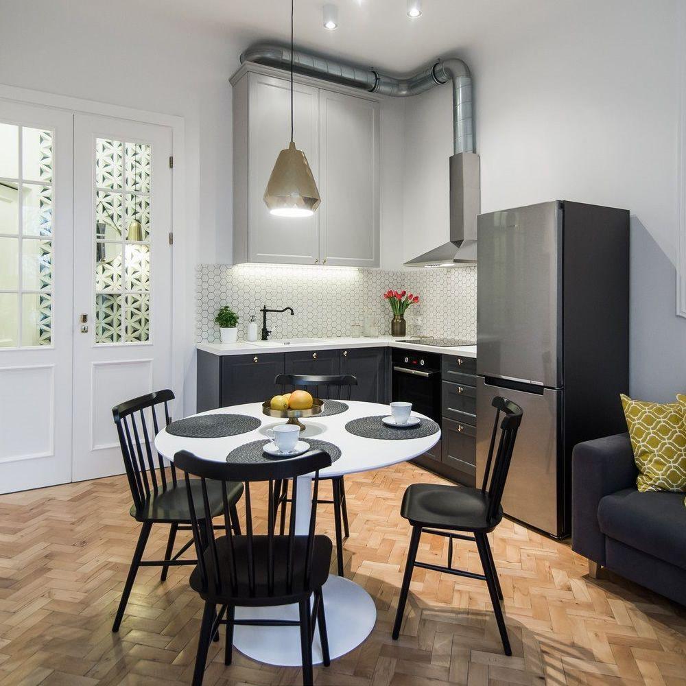 ironica f stuhl ton aus holz sediarreda. Black Bedroom Furniture Sets. Home Design Ideas
