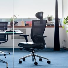 X-Chair - Office executive chair, with or without headrest, padded seat and backrest in mesh, different finishes available