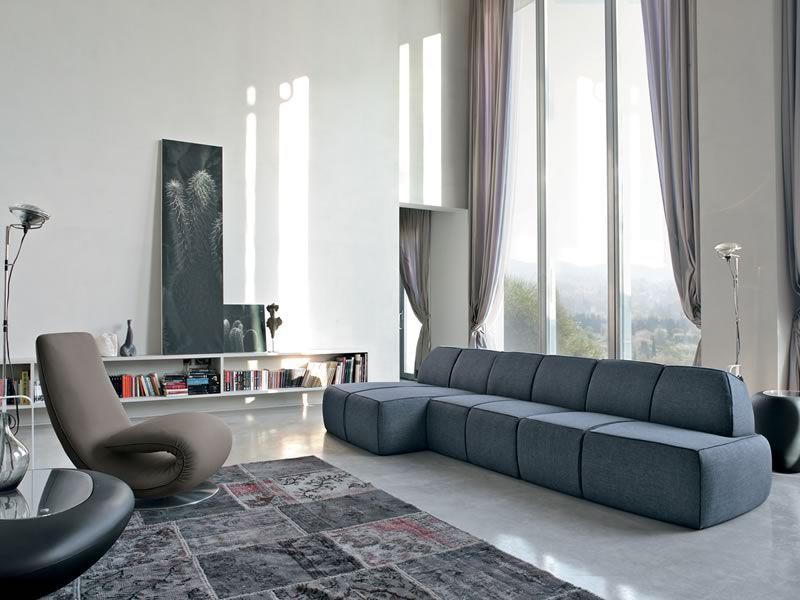 blum e divano moderno tonin casa con chaise longue con rivestimento in tessuto pelle o. Black Bedroom Furniture Sets. Home Design Ideas