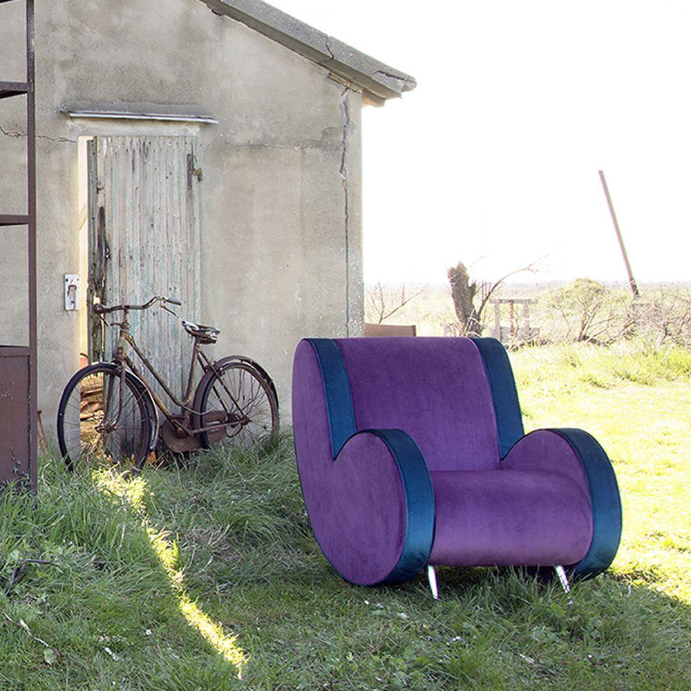 Ata: Designer Sessel Adrenalina, Mit Verschiedenen Bezügen Und In  Verschieden.