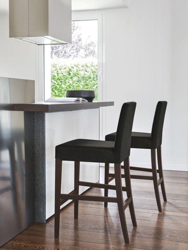 cb1464 copenhagen hocker connubia calligaris aus holz mit bezug aus stoff in verschiedenen. Black Bedroom Furniture Sets. Home Design Ideas