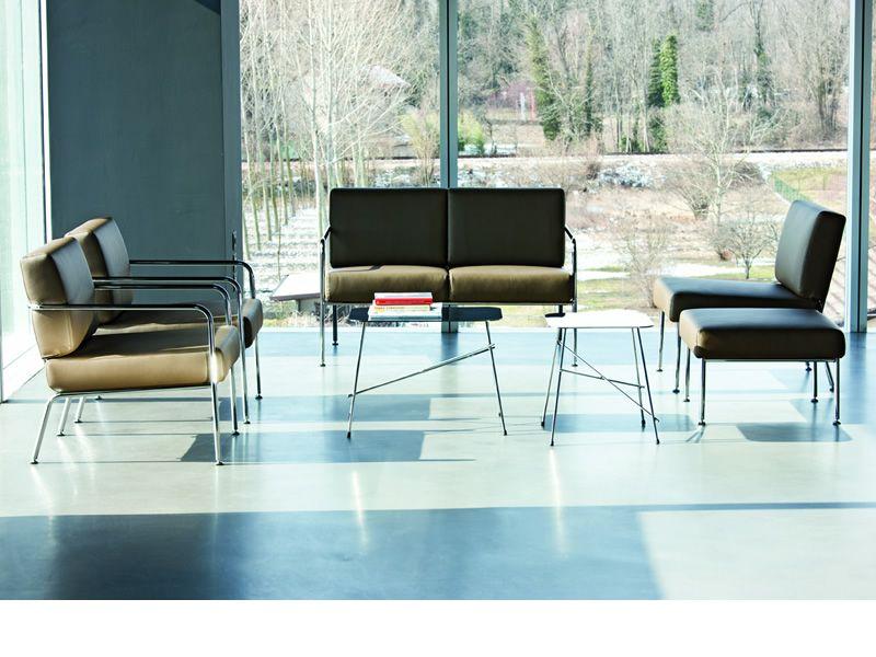 Md078 divano moderno in metallo e pelle similpelle o tessuto diversi colori sediarreda - Divano pelle o tessuto ...