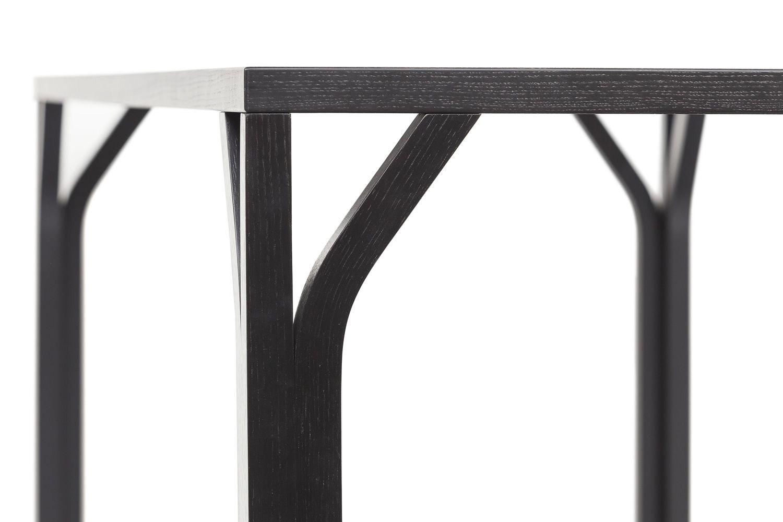 Bloom Q - Tavolo Ton in legno, piano quadrato 140 x 140 cm ...