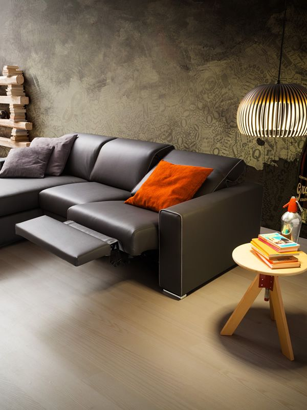 Drive 2xl modern sofa with relax position and chaise for Chaise longue relax